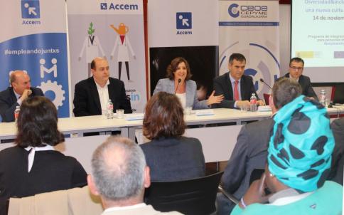 Nueva ampliación de las ayudas a la contratación indefinida de personas con discapacidad en empresas