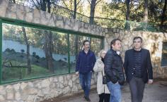 El Ayuntamiento aprovecha dos talleres de empleo para hacer mejoras en el zoo