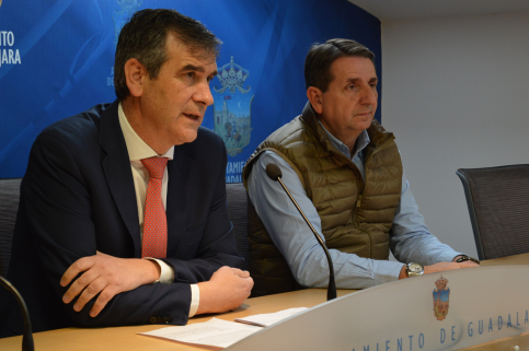 Antonio Román presenta toda la oferta deportiva, de salud y familia para esta primavera