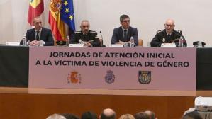 Ángel Canales destaca la formación como instrumento para mejorar la atención a víctimas de violencia de género