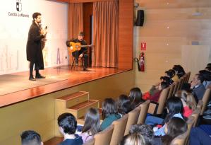 """El lazarillo de Tormes"" llega a 385 estudiantes de seis centros educativos de Guadalajara gracias a la Junta"