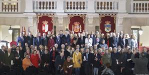 Guadalajara reconoce a concejales, diputados y senadores en el 40 aniversario de los ayuntamientos democráticos