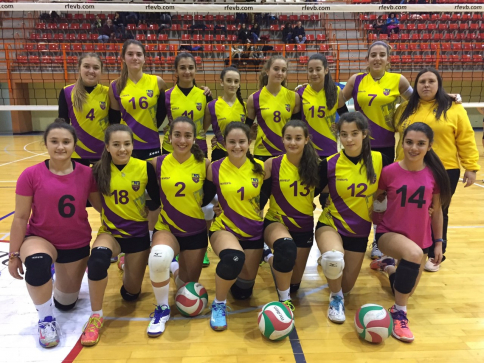 El femenino juvenil de voleibol del Salesianos se va al Campeonato de España
