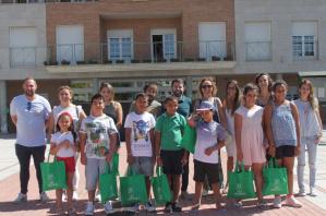 Cinco niños saharauis llegan a Cabanillas para vivir sus 'Vacaciones en Paz'
