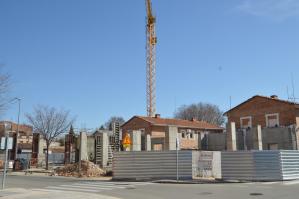 Las obras del Centro Cultural de Azuqueca están paradas y llevan un retraso de cinco meses