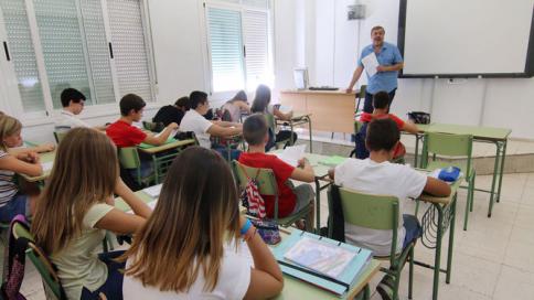 El cuerpo de maestros de Castilla-La Mancha ya tiene 1.050 nuevos miebros