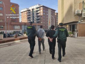 Dos detenidos en Torija por robar la mercancía que ellos mismos tenían que transportar