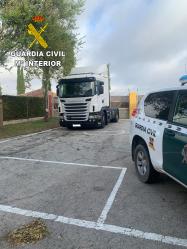 Detienen en Guadalajara a tres personas que habían robado un camión en Burgos