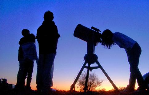 AstroGuada organiza su primera observación pública