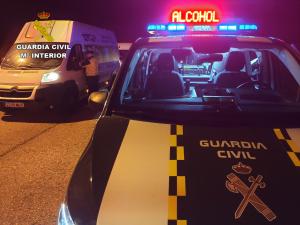 Un camionero quintuplicó la tasa de alcoholemia circulando por la A2