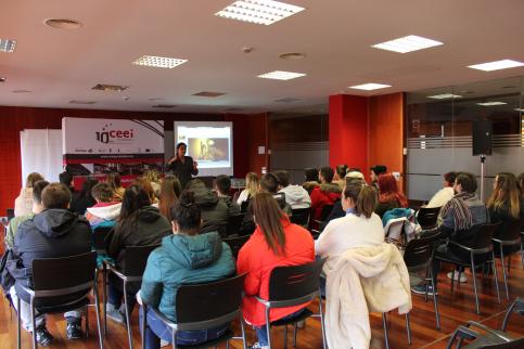Los talleres para jóvenes emprendedores del CEEI empiezan con 116 alumnos