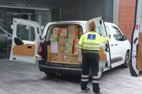 La Junta sigue distribuyendo equipos de protección para los profesionales sanitarios de la región