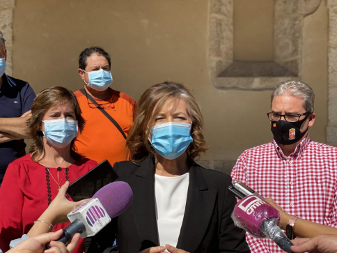 Aurelia Sánchez anuncia en Fuentelencina un Plan Excepcional de Teleasistencia