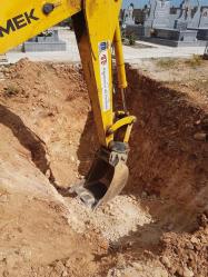 Construyen 22 nuevas fosas en el cementerio municipal de Azuqueca