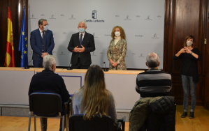 Información y Registro de la Junta ya es accesible para personas con discapacidad auditiva