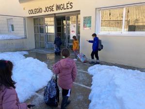 Sólo los dos colegios de Pioz siguen sin poder abrir sus puertas en la provincia