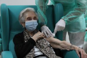Castilla-La Mancha completa la primera vacunación del COVID-19 en los centros sociosanitarios