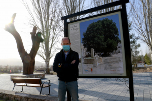 El Parque de la Olma Vieja de Pareja sigue embelleciéndose y completándose progresivamente