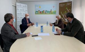 Cumbre en Brihuega entre la Junta y Recamder por la lucha contra la despoblación