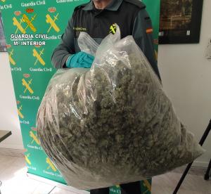 Doble golpe contra el tráfico de marihuana en Uceda y Almonacid de Zorita