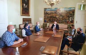 El presidente de la Diputación se reúne con los colegios profesionales de Guadalajara