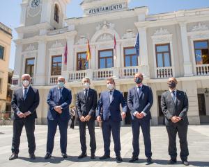 Grande-Marlaska y Alberto Rojo firman el protocolo para la construcción de la nueva sede del GEO