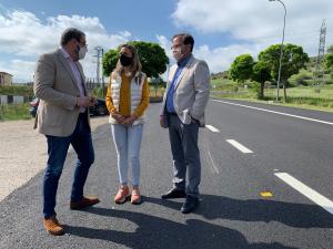 La Junta acondiciona la carretera que une Sigüenza con el polígono industrial 'Los Llanillos'