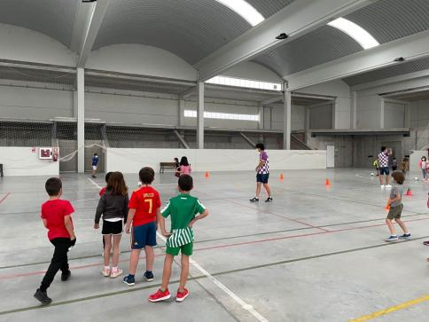 El Atlético Guadalajara visitó centros educativos para promocionar la práctica deportiva