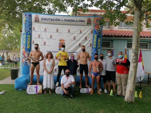 El XXXII Campeonato Interpueblos finaliza la participación de 2.300 nadadores